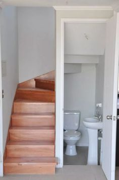 Tiny bathrooms 668151294701330960 - 40 Brilliant Ideas Toilet Under Staircase Design Understairs Ideas Brilliant Design Ideas smallbathroom smallbathroomid Staircase Toilet Source by simonemuhlheim Bathroom Under Stairs, House Bathroom, Small Toilet Room, Staircase Design, Tiny House Bathroom, Bathroom Layout, Tiny Bathrooms, Small House Design, Bathroom Design