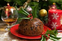 Known across the pond as Christmas pudding or plum pudding this oddly plum-less pudding cake can be found on many a British dinner table. Mince Pies, Tasty, Yummy Food, Christmas Pudding, Pudding Cake, English Food, Holiday Traditions, Caramel Apples, Food Videos