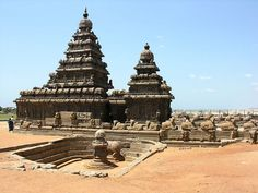 The Group of Monuments at Mahabalipuram includes Ratha Temples,Mandapas,Rock relief and the world famous Shore Temple dedicated the glory of Lord Siva. Monuments of Mahabalipuram are mostly rock-cut and monolithic architecture, who display the dynasty of the Pallavas. Mahabalipuram located near the Coromandel coast and also have cave temples, sculptures and structural temples.