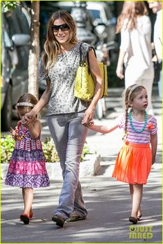 Sarah Jessica Parker with the girls