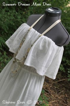 Cute Maxi Dress DIY  perfect for the summer. Maybe add straps and make it nursing friendly?