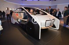 This new concept introduced at CES 2017 made the whole world to be amazed by its appearance. This model is designed entirely for the comfort of driver and the passengers, using an amazing furutistic technology! Bmw I, New Bmw, Inside Design, 2017 Photos, Awkward, The Incredibles, World, Live Photos, Concept
