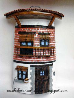 Todo tipo de trabajos de manualidades  hechos con cariño. Roof Tiles, Tile Art, Wine Rack, Liquor Cabinet, Eco Friendly, Diy, House, Furniture, Stencil