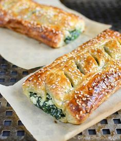 Spinach Puff Pastry Rolls with Feta and Ricotta - - This flaky pastry stuffed with creamy spinach goodness is golden savory perfection! Spinach Puff Pastry, Puff Pastry Recipes, Spinach Rolls, Macedonian Food, Vegetarian Recipes, Cooking Recipes, Calzone, Snacks, Appetisers