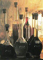 """Ricetta rosolio all'arancia, il primo liquore per """"signore"""""""