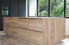 Frederiksberg - Snedkeriet KBH Ikea Metod Kitchen, Timber Kitchen, Forest City, Kitchen Interior, Cool Kitchens, Kitchen Inspiration, Kitchen Ideas, Stables, House