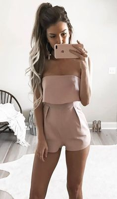 Hey ladies! welcome to this special inspirational article about cute spring outfit ideas. We really hope this inspiration will help you become more stylish