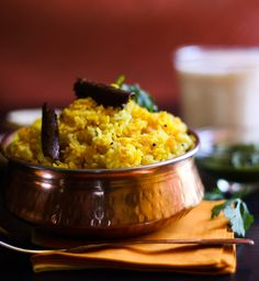 Tuvar Dal Khichdi - A Rice and Lentil dish from Gujarat Yellow Lentils, Lentils And Rice, Gujarati Recipes, Indian Food Recipes, Gujarati Food, Best Lentil Recipes, Lentil Dishes, Clarified Butter Ghee, Indian Dishes