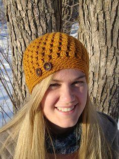 """✔""""In Bloom Beret and 'Cap' """" by Brittney Waterhouse ~ Ravelry free pdf crochet pattern instructions Crochet Adult Hat, Crochet Beanie, Knit Or Crochet, Crochet Crafts, Crochet Hooks, Crochet Projects, Knitted Hats, Crochet Buttons, Garnstudio Drops"""