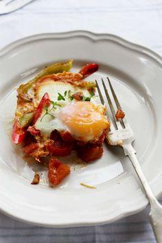 EGGS: 5 BREAKFAST, LUNCH & DINNER IDEAS
