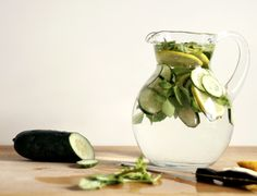 refreshing spa water        10 cups water      1/2 large cucumber, thinly sliced      1 lemon, thinly sliced      1/4 cup loosely packed basil leaves      1/3 cup loosely packed mint leaves