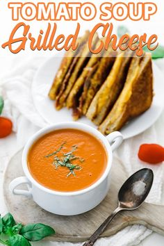 Grilled Cheese Sandwich and Tomato Soup Recipe - Nothing more comforting then a homemade bowl of tomato soup with a delicious easy to make grilled cheese that comes together in under 30 minutes. #tomatosoup #grilledcheese #soup #sandwich Sandwich Recipes, Lunch Recipes, Dinner Recipes, Cooking Recipes, Lunch Meals, Dinner Ideas, Vegan Recipes, Tomato Soup Grilled Cheese, Making Grilled Cheese