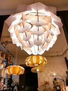 Diseño Parametrico Chandelier, Ceiling Lights, Lighting, Ideas, Home Decor, Riveting, Pendant Chandelier, Standing Lamps, Homemade Home Decor
