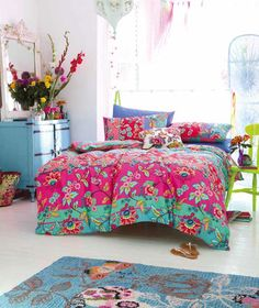 Bohemian Chic - Accessorize Bedding at Housing Units If you want to create a similar look take a look at www.naturalbedcompany.co.uk for soft wool throws, bright patchwork bedding and solid wood beds