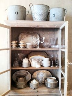 stenciled china cabinet {a tutorial}   Stenciling, China cabinets ...