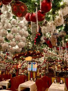 Where to eat in New York City at Christmas This is the most wonderful time of the year, especially when you live in New York City. The Rockefeller Center Christmas tree is lit (literally), Saks is adorned with its holiday windows, and Salva… New York City Christmas, Christmas Travel, Christmas Mood, Xmas, Christmas Trips, Christmas In America, Christmas Manger, Christmas Skirt, Christmas Vacation
