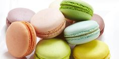 Basic French Macarons for Beginner Bakers Macaron Filling, Buttercream Filling, No Bake Desserts, Just Desserts, Delicious Desserts, French Bakery, French Pastries, Yummy Cookies, Yummy Treats