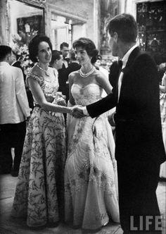 JFK, Jacqueline and Mrs. John Drexel III, 1957