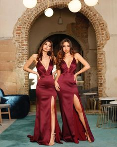 Shop the Georgia Gown by Jadore at White Runway in various colours with free delivery. A beautiful choice for a bridal gown, bridesmaid dress or formal dress. Wine Bridesmaid Dresses, Bridesmaids, Wedding Dresses, Satin Dresses, Formal Dresses, White Runway, Red Satin, Celebrity Dresses, Wedding Styles