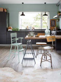 Une maison en vert-de-gris – DecouvrirDesign
