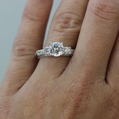 This $4,800 Piece Is the Most Popular Engagement Ring on Pinterest