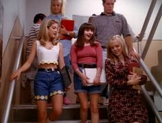 Oh Donna, Brenda, and Kelly! How I miss you and your awesome 90s fashion choices