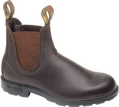 Blundstone 500 - Stout Brown with FREE Shipping & Returns. This is the classic Blundstone: lean, clean and straightforward. Shaped