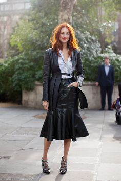 Taylor Tomasi Hill - Everything from the leather jacket to the leather skirt down to the shoes... she put it together well