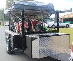 motobike camper trailer with 3 bikes
