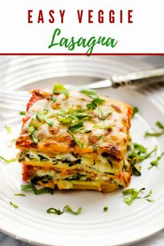 This gluten-free veggie lasagna is easy to make and so delicious! With spinach, zucchini and a farm fresh tomato sauce, it is a meal the whole family will love! #glutenfree #casseroles #lasagna #veggies