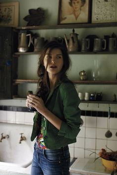 jacket, green walls, messy hair, blazer, color, anthropologie, outfit, shelv, kitchen