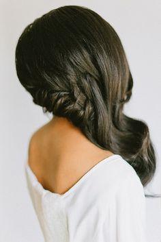 Coiffure mariage : cheveux longs tressés sur le côté