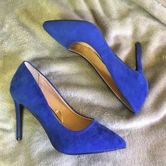 Electric Blue high heels 4 inch heels, only worn once after realizing I can't walk in heels  Forever 21 Shoes Heels