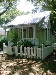 Green ~ love the tiny yard with white picket fence