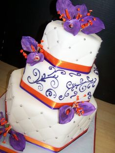 Style by the Slice!!! wedding cakes