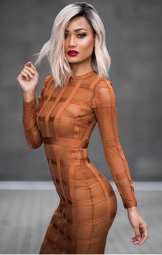 Fashion Hacks To Look Slim Micah Gianneli News Fashion, Fashion Models, Fashion Tips, Fashion Hacks, Sheer Bodycon Dress, Micah Gianneli, Fashion Blogger Style, Mode Style, Mannequins