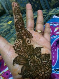 Mehndi Designs for hands: Amazing henna designs For girls