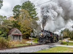 Net Photo: SOU 630 Southern Railway Steam at Rock Springs, Georgia by Kevin Madore Train Tracks, Train Rides, Rock Springs, Railroad Pictures, Railroad History, Southern Railways, Norfolk Southern, Train Pictures, Steam Engine
