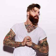 Levi Stocke - full thick dark red beard and mustache beards bearded man men tattoos tattooed auburn ginger redhead bearding Great Beards, Awesome Beards, Hippe Tattoos, Men Tattoos, Bart Tattoo, Street Style Vintage, Old School Style, Red Beard, Ginger Beard