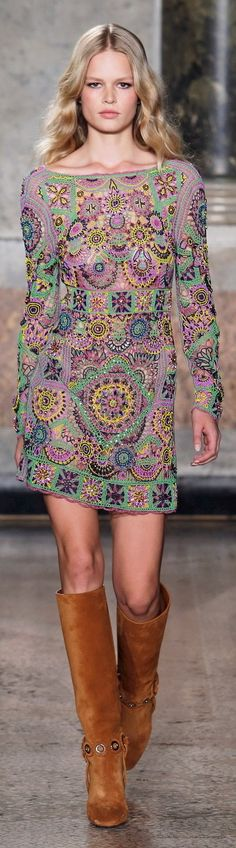 emilio pucci collections fall-winter 2015-16  I really like this but it would have to be LONGER for this old lady.