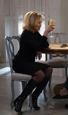 Love u Jessica Lange sad to hear you be leaving AHS after season 4