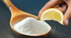 Ni te lo imaginas: la mezcla alcalina de agua y bicarbonato de sodio con limón es ideal es la clave si lo que buscas eliminar grasa corporal .\r\n[ad]\r\nSi lo realizas de esta forma te sorprenderá de lo rápido que vas a adelgazar.\r\n\r\nIngredientes:\r\n- 1 vaso de agua hervida fría\r\n- El jugo de un limón mediano\r\n- 1 cucharadita de bicarbonato de sodio.\r\n[ad1]\r\nPreparación:\r\nEn un vaso de cristal, diluye el bicarbonato en el agua. Luego, agrega el jugo de limón recién… Detox Recipes, Healthy Recipes, Diet And Nutrition, Beauty Skin, Home Remedies, Salt, Food And Drink, Health Fitness, Weight Loss