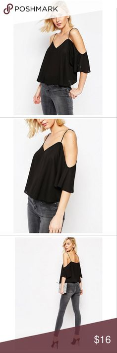 🎉❤️Off shoulder Chiffon blouse in black Color:	Black Size:	Medium Material:	Chiffon Pattern Type:	Solid Neckline:	V Neck Stretchability:	Non-stretchable  Reviews⭐️⭐️⭐️⭐️⭐️ fashion Tops Blouses