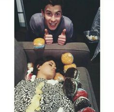 Remember when Shawn Mendes made Camila Cabello into a fruit basket? Lol