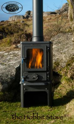 The 'Hobbit' stove by Salamander - small cast iron stove.