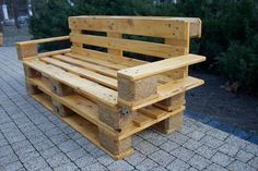 Multi-Seat Beefy Pallet Bench / #Sofa - 3 DIY Recycled Pallet #Ideas | 99 #Pallets