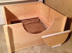 Whelping Box Construction Plans Hound Puppies, Basset Hound Puppy, Welping Box, Dog Whelping Box, Dog Birth, Puppy Room, Puppy Palace, Pregnant Dog, Baby Box