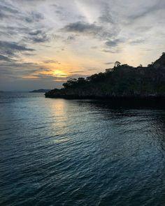 Where to go in Thailand Travel Honeymoon Backpack Backpacking Vacation Thailand Vacation, Thailand Honeymoon, Thailand Travel Guide, Visit Thailand, Vacation Travel, Maldives Beach, Visit Maldives, Maldives Travel, Beautiful Sunrise