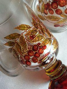 Бокал для горячих напитков с лимонницей Рябина – купить или заказать в интернет-магазине на Ярмарке Мастеров | Стеклянная посуда с ручной росписью Рябина. Бокал…