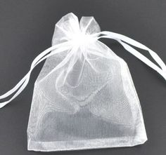 durable touch softly and smoothly organza bag. Use these organza drawstring bags to present Baby Shower gifts. Perfect for jewelry, wedding, favors, gifts. You can present your gift with a nice presentation. Candy Jewelry, Jewelry Party, Jewelry Gifts, Jewellery, Jewelry Pouches, Craft Jewelry, Wedding Jewelry, Wedding Favor Bags, Party Favor Bags